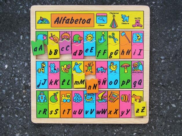 ALFABETOA puzzle – euskeraz