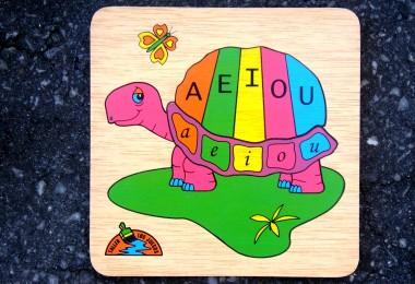 TORTUGA aeiou puzzle